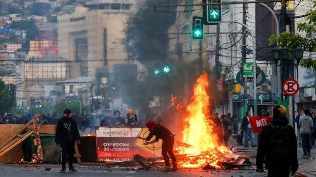 Seminario Nacional de Liderazgo Político en Chile: Crisis y Reencuentro Nacional En la Nueva Constitución de Chile