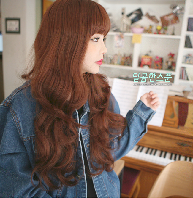 Korean Fashion Beauty Wig - Sweet Spoon Color Red Brown Model 1