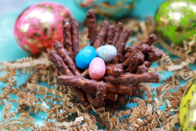 Easy DIY Easter Treat - Chocolate Pretzel Birds Nests
