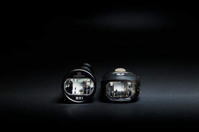 Lumintop B01 (z lewej) i Lumintop C01