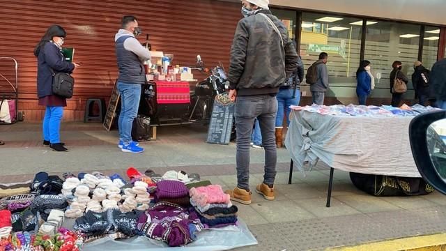 Advierten riesgo por aumento de vendedores ambulantes en Puerto Montt