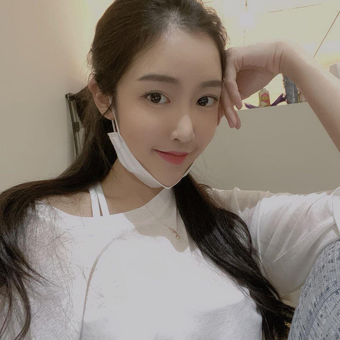 Hot Girls ♔♔…Moon Ji-ae - Trang 2