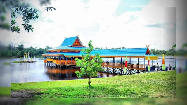 Objek Wisata Danau Bunga Tujuh Dumai