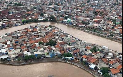 Hasil Pantauan Terhadap 3 Pos Pantau Banjir di DKI, Warga Sekitar Bantaran Sungai Diminta Waspada
