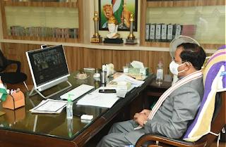 यूपी: उप मुख्यमंत्री केशव प्रसाद मौर्य की अध्यक्षता में राज्य सड़क निधि प्रबंधन समिति की वर्चुअल बैठक संपन्न हुई