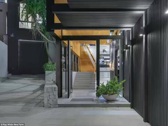 the house set to be sold for over $14m and becoming Brisbane's most expensive house