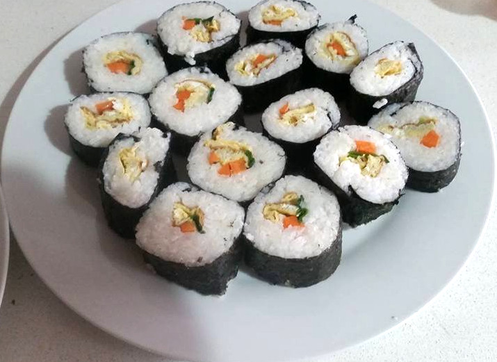 Cheater fast sushi and paleo sushi techniques penniless for Where to buy sushi grade fish nyc