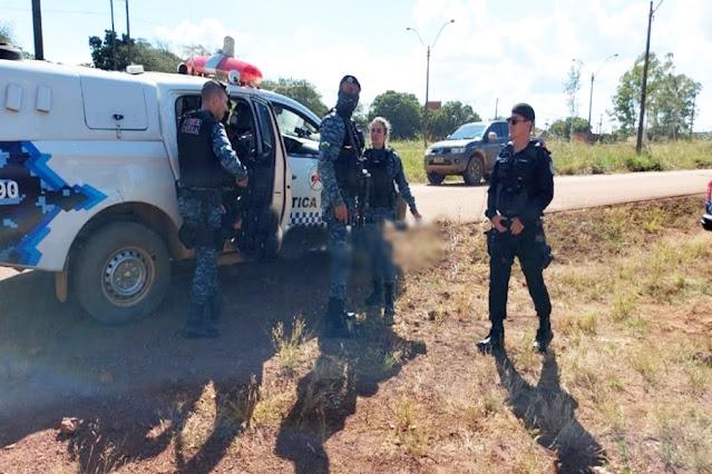 Criminosos fazem roubo em flutuante e polícia realiza buscas com helicóptero