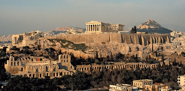 Greece to be opened to tourists starting from June 15, but not to those from Italy and Spain