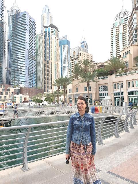 Dubain ostokset ja nähtävyydet