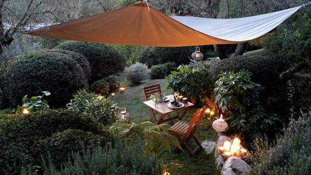 deco chambre interieur belles et pratiques parasols pour la d corations de jardin. Black Bedroom Furniture Sets. Home Design Ideas