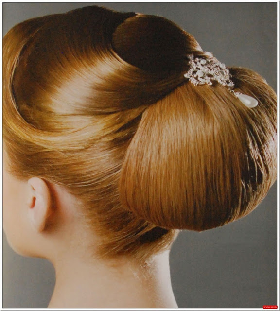 Classic Wedding Hairstyle.