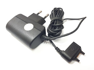 Charger Sony Ericsson CST-75 CST75 Original 100% Charger Sisir Plus Headset Socket