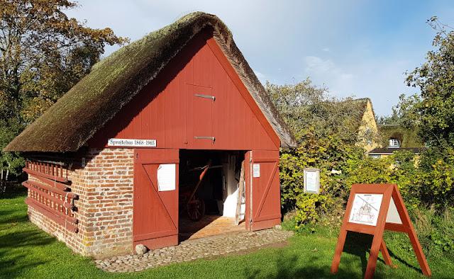 Urlaub auf Fanø mit Kindern: 12 Ausflugstipps für das wunderschöne Sønderho. Die alte Feuerwache in Sönderho ist ein schönes kleines Ausflugsziel an einem Tag in dem südlichsten Ort der Insel.