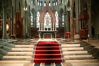 Daniel Mitsui and Gardiner-Hall Collaboration on Altar Rugs for the Cathedral-Basilica of Covington, Kentucky