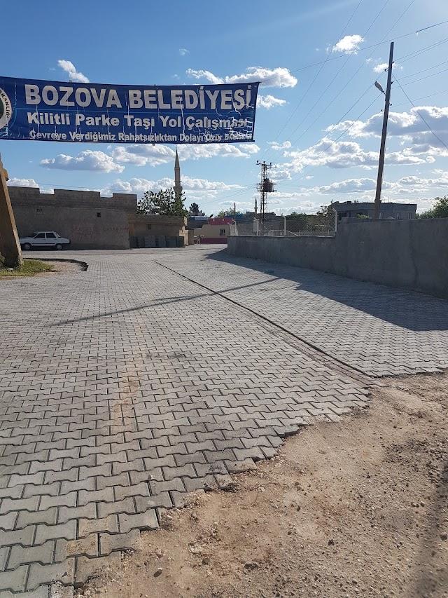 Şanlıavşar'da kilitli parke çalışması