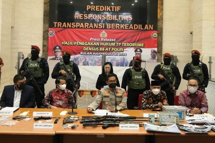 Tangkap 53 Terduga Teroris di 11 Provinsi, Polri Paparkan Sumber Pendanaan Kelompok JI