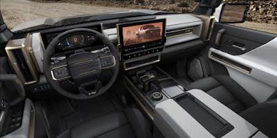2022 Hummer EV interrior