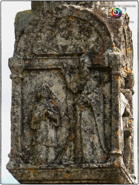 FRENELLE-LA-GRANDE (88) - Croix-calvaire des 7 Sacrements (1585)