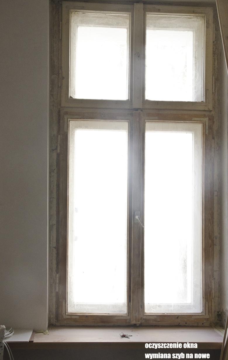 drewniane okno do renowacji