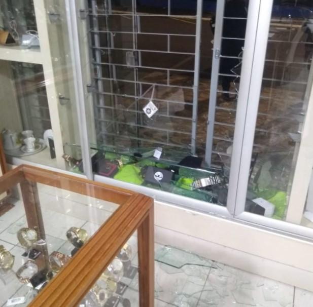 Quedas do Iguaçu: Joalheria é assaltada pela segunda vez em menos de dois meses