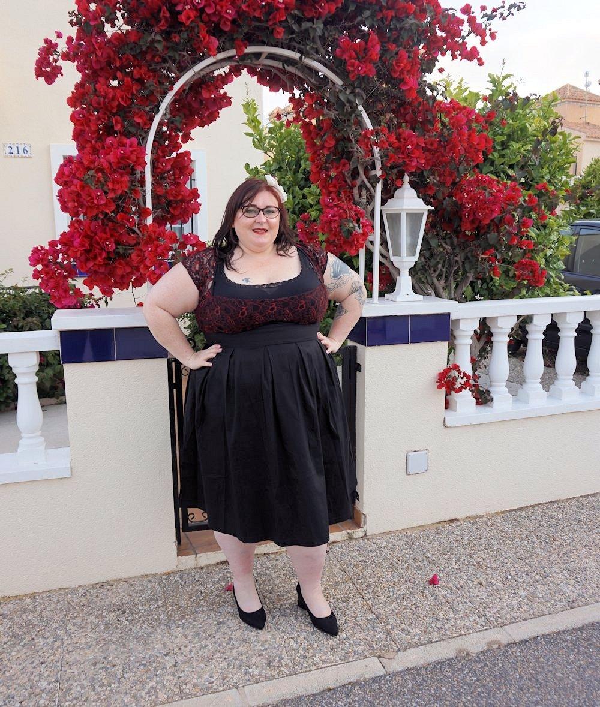 Lindy Bop Verona plus size swing dress 50s style vintage size 26 red lace