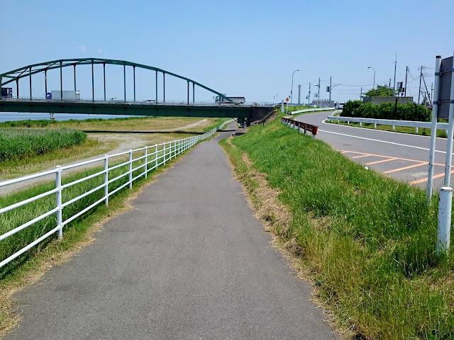 利根川 小見川大橋