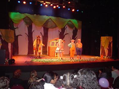 Teatro infantil - 3 porquinhos