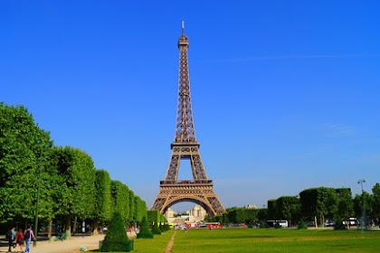 15 Fakta Seru Seputar Menara Eiffel