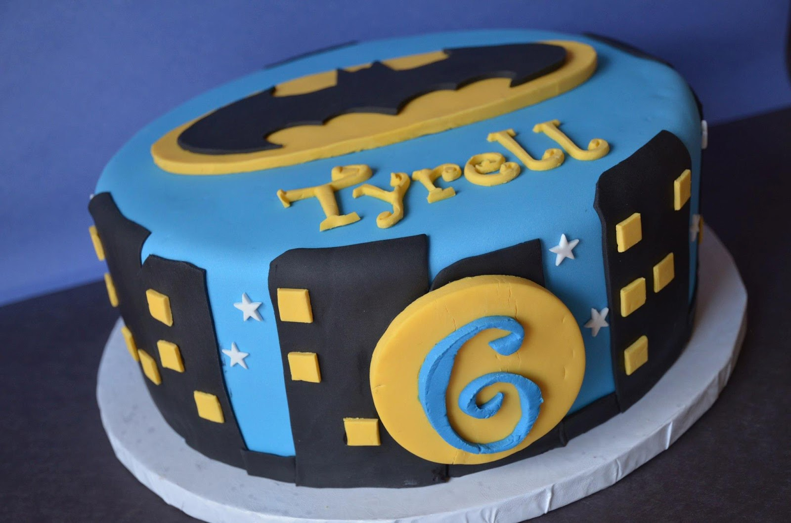 The Frosted Cake Boutique Batman Cake