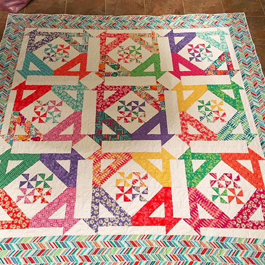 Disappearing Pinwheel Baskets Quilt made by Kelly Deutsch, The Tutorial designed by Jenny of Missouri Quilt Co