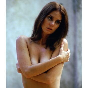 Pretty brunette milf naked