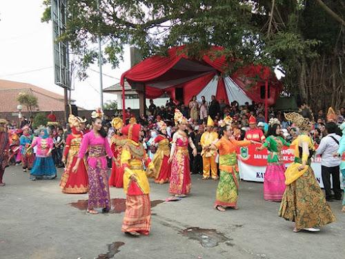 Karnaval Rampes Hari Jadi Kuningan 520