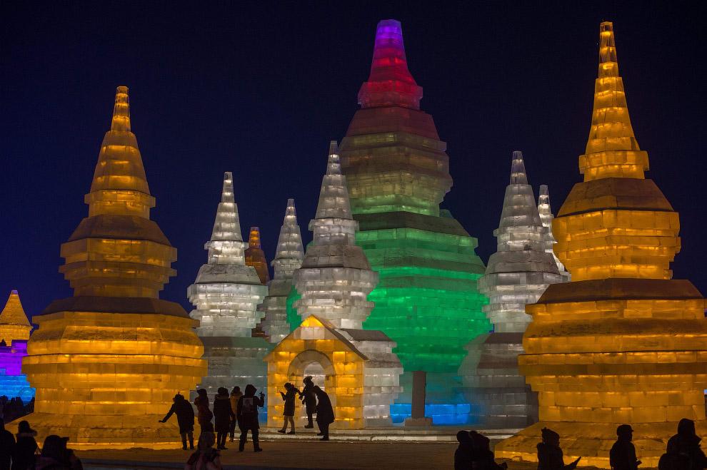 Харбинский фестиваль снежных и ледяных скульптур