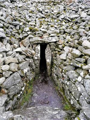 Seefin Passage Tomb, Entrance