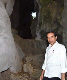 Kisah Presiden Joko Widodo Liburan Ke Gua Batu Cermin NTT