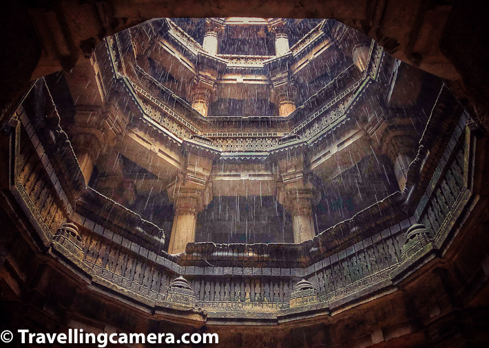 It was drizzling when we were at Dada Harir Vav in Ahmedabad and my phone did fantastic job at clicking this beautiful effect. Please have a look at above photograph with rain drops around Dada Harir Vav. Thanks to the lighting condition which made shutter speed go slow to capture the scene well and also capture these rain-drops beautifully.
