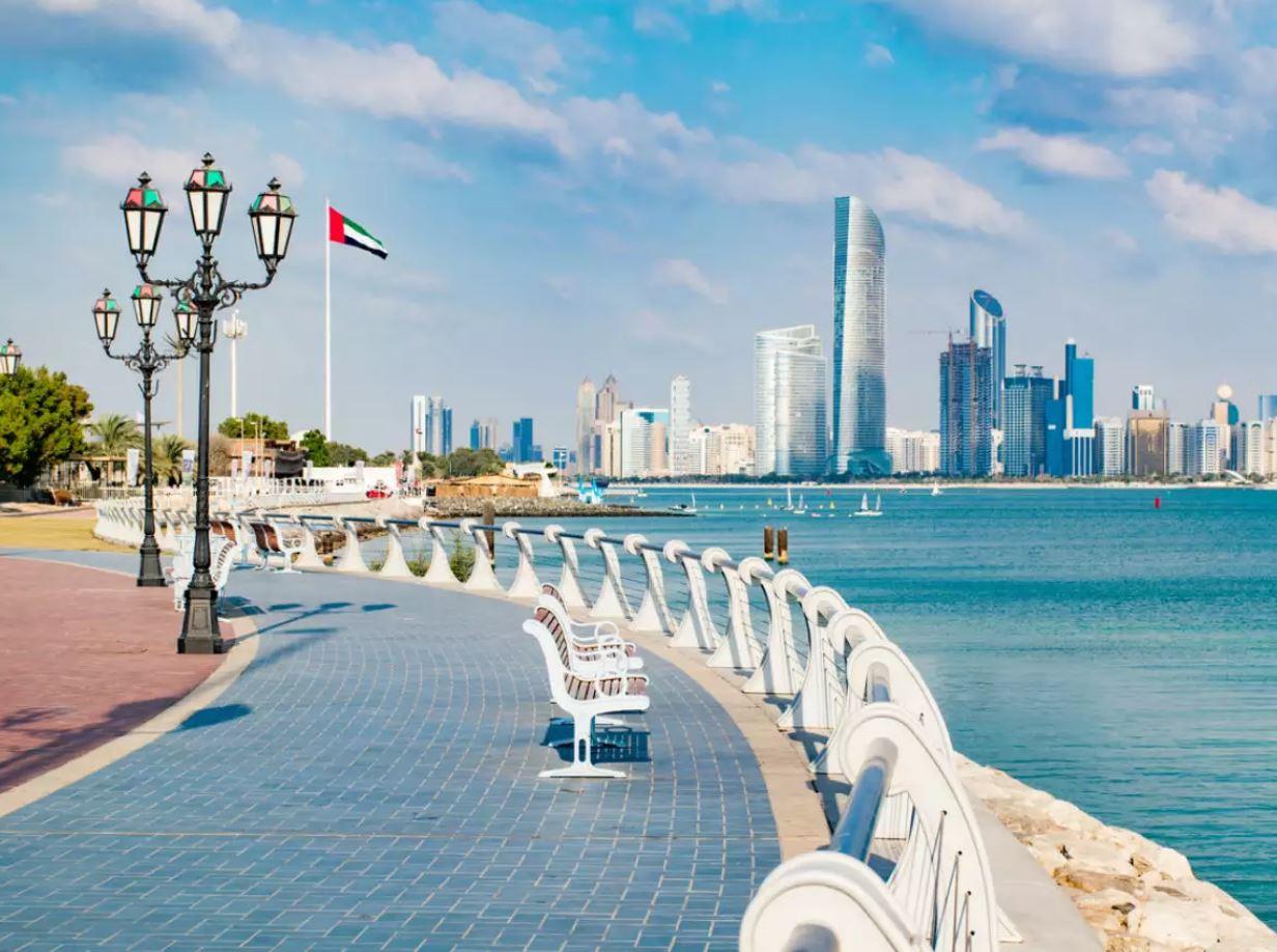 تمديد مدة إعفاء الفنادق في إمارة أبوظبي من الرسوم السياحية