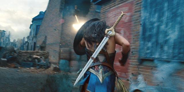Gal Gadot Patty Jenkins | DC Wonder Woman