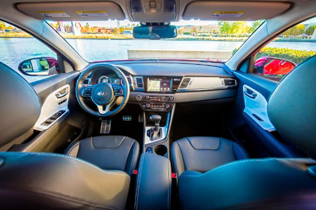 2017 Kia Optima Hybrid Interior