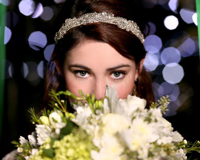bride+groom+peter+pan+themed+neverland+wedding+tinker+bell+fairytale+princess+wendy+darling+captain+hook+fairy+dust+green+rustic+andy+sams+photography+29 - Neverland
