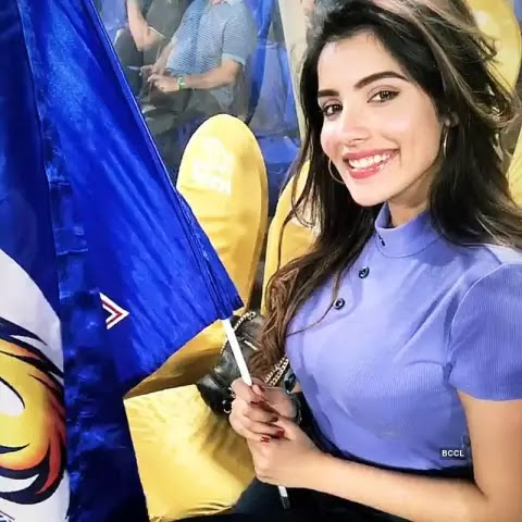 these-are-the-fan-girls-to-be-famous-in-IPL-2019