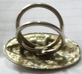 Scarf clip mechanism on Egyptian clip