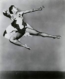 Pearl Primus, pionnère, danse contemporaine inspirée des traditions africaines | Laissez-moi danser pour dire avec l'int!égrité du corps!