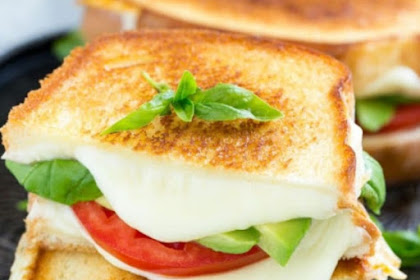 Grilled Caprese Sandwich