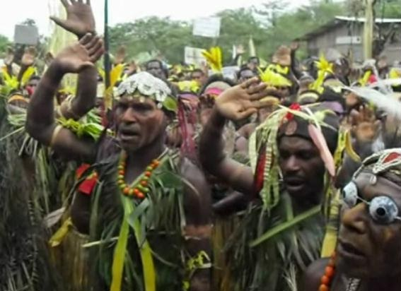 Jewish Traces In Unexpected Places Papua New Guinea Natives Sing Sh Ma Yisrael Jewish Humor Central