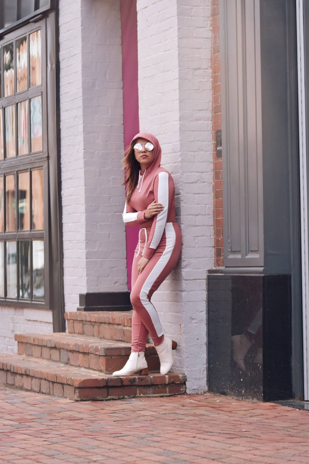 Dusky Pink With White Stripe Lounge Wear Set-MariEstilo-DCBlogger-Travel Blogger-Fashion blogger-blog de moda-blog de viajes-street style-