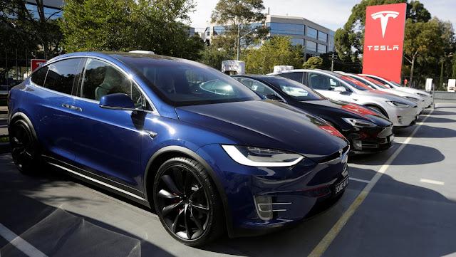Tesla retirará 15.000 coches Model X en EE.UU. y Canadá por problemas con un componente
