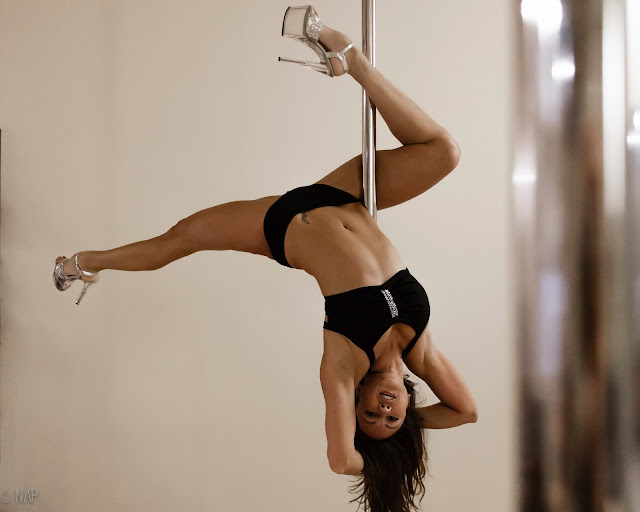 Interview Melanie Piek Vertical Fusion pole studio Boulder Colorado things to learn pole dancer