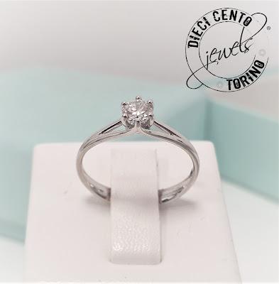 anello di fidanzamento personalizzato